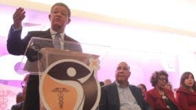 Fernández reconoció los avances del sector salud.  Elieser Tapia