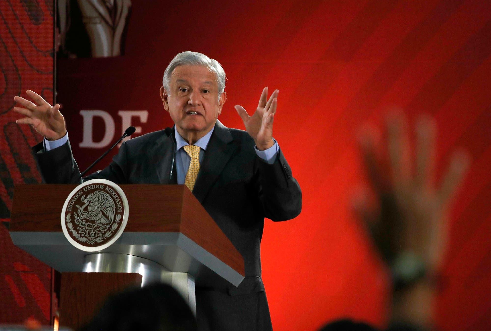 """El presidente Andrés Manuel López Obrador dijo que Carlos  Slim, uno de los hombres más ricos del mundo, """"está dispuesto a apoyar no solo en la parte empresarial, sino también en acciones de bienestar para la población""""."""
