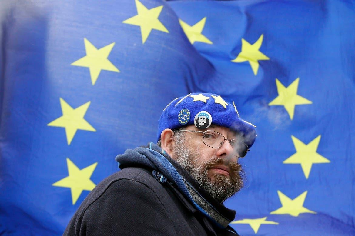 """El Parlamento británico descarta un """"brexit"""" sin acuerdo con la Unión Europea"""