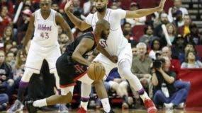 Chris Paul consiguió doble-doble en el triunfo de su equipo, Houston Rockets.