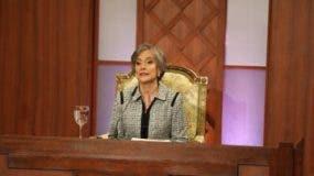Esther Elisa Agelán Casasnovas mientras era entrevistada por el CNM.