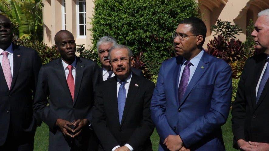 El presidente Danilo Medina, junto a su par haitiano, Jovenel Moise  y los primeros ministros Hubert A. Minnis, de Bahamas, Andrew Holness, de Jamaica, y Allen Michael Chastanet, de Santa Lucía.