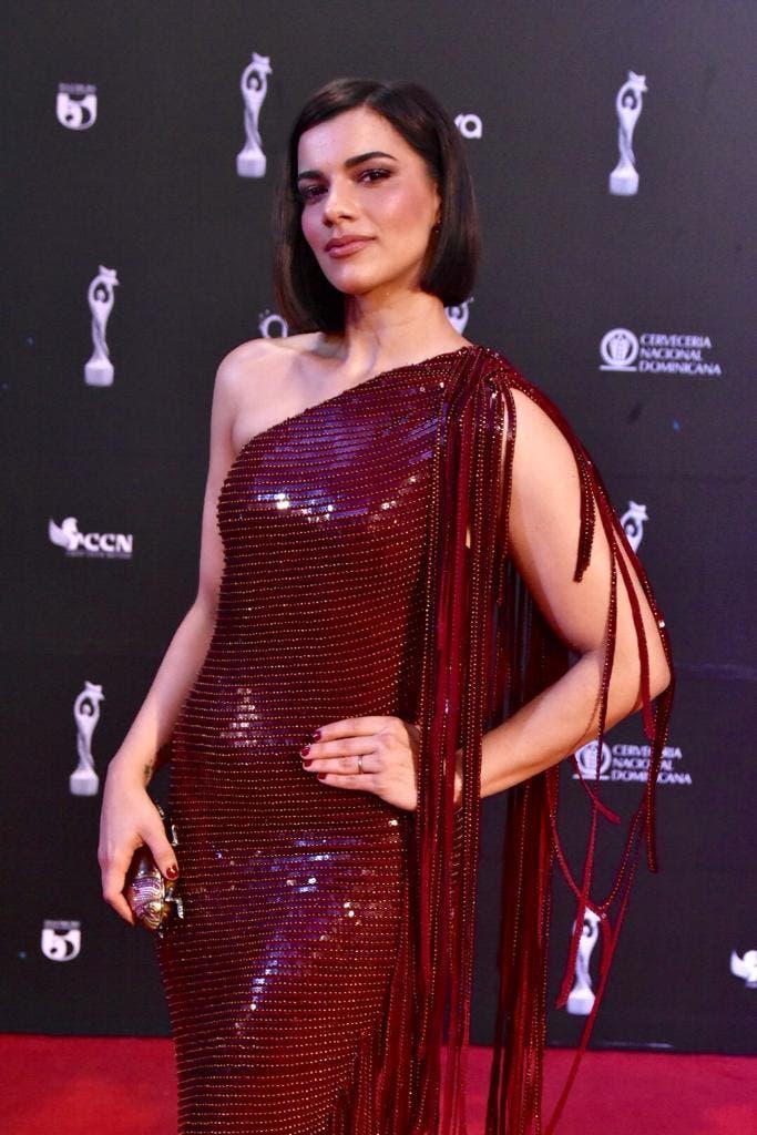 5. La actriz Nashla Bogaert