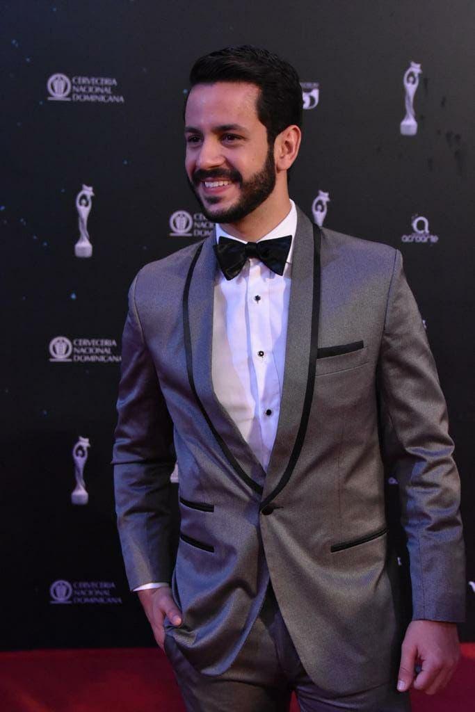 12. Carlos Durán