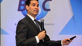 Francisco González en el desayuno empresarial de BASC Dominicana.