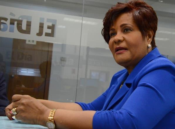 Diputada Josefa Castillo: Gobierno usa COVID-19 para política a su favor al prohibir donación directa