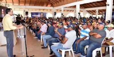 """El Movimiento """"Eléctricos de Moca"""" surgió en el año 2012, como parte del sector externo, y ha apoyado en dos oportunidades las aspiraciones del presidente Danilo Medina."""