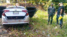 Los cuerpos de las mujeres estaban en la parte delantera del carro, mientras que el del hombre en el baúl.