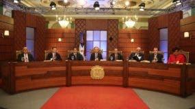 Los miembros del Consejo Nacional de la Magistratura en una de sus reuniones.