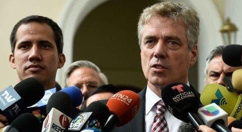 El diplomático Daniel Kriener fue declarado persona no grata.