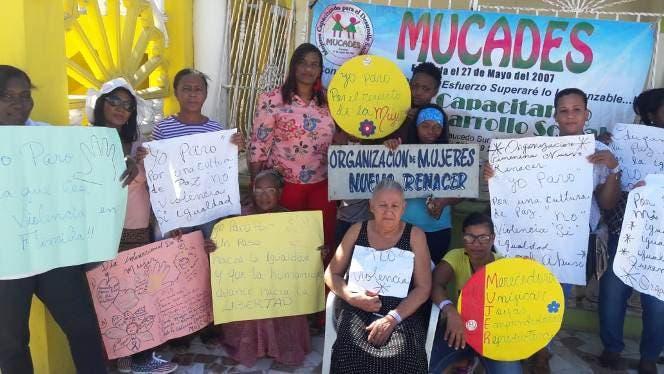 Las mujeres pertenecen a la Federación de Mujeres del municipio de Boca Chica.