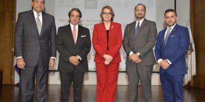 Julio Amado Castaños Guzmán, Jaime Caycedo, Aída Mencía Ripley, Leandro Féliz Matos y Agustín Díaz.