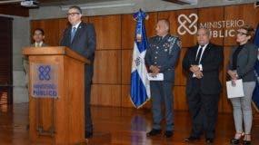 Fernando Quezada García, director general de persecución del Ministerio Público, mientras ofrecía declaraciones.