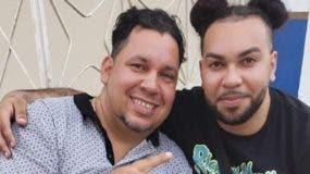Fotografía de Francisco Javier Caminero junto a su hijo una hora antes del hecho.