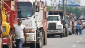 El precio del crudo  cerró  en marzo de este año a  US$60 el barril.  ARCHIVO.