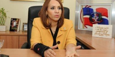 La diputada Karen Ricardo sufrió  un accidente de tránsito a la altura del kilómetro 29  de la carretera de Samaná.  Fuente externa