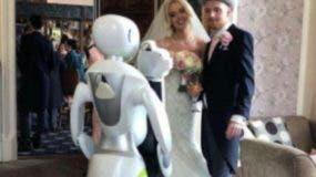 Fue desarrollado por la compañía Service Robots.