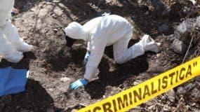 México registró al menos 2,000 fosas clandestinas entre los años 2006 y 2016,  con 2,884 cuerpos de personas asesinadas.