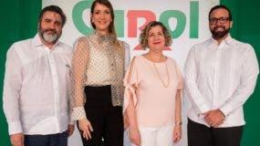 Vinicio Curiel, María Teresa Ferreiro, Lucía Báez y Julio Rafael Curiel.