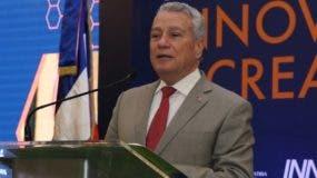Nelson Toca Simó, ministro de Industria y Comercio.