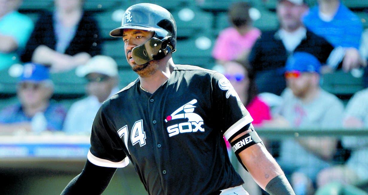 El dominicano Eloy Jiménez está proyectado para ser un gran bateador en Grandes Ligas.  AP
