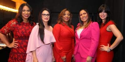 Milagros Almonte, Ircania García, Irene Morillo, Katiuska Suárez y Pamela Pichardo.