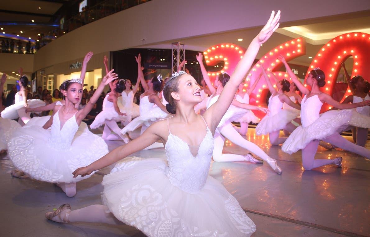 Una escena del inicio de las actividades de danza en Galería 360.  fuente externa.