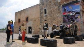 En la Fortaleza Ozama el Ministerio  de Defensa exhibe  exposición que  es parte de un libro en edición.  FOTOS   Nicolás Monegro