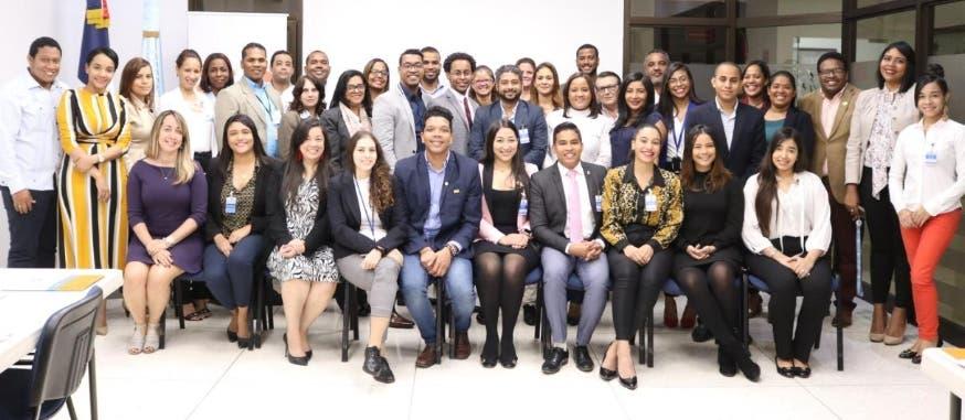 Los jóvenes que participaron en el encuentro.