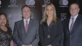 Nurys Marte, Gustavo Ariza, Alina Victorio y Lawrence Hazoury.