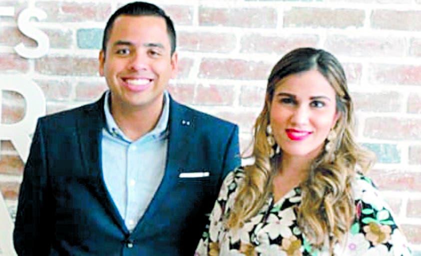Eduardo Castillo y Samantha de los Santos.