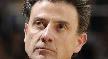 Los Cleveland Cavaliers se apresuraron a detener cualquier conversación el domingo sobre su interés en Rick Pitino como candidato para su puesto vacante