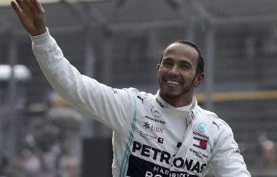 Hamilton irá en 2020 tras el empate con  Schumacher