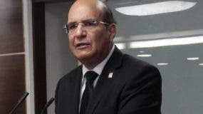 Castaños Guzmán, presidente de la JCE.