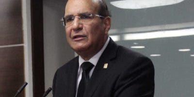 Castaños Guzmán es especialista en Derecho Constitucional.