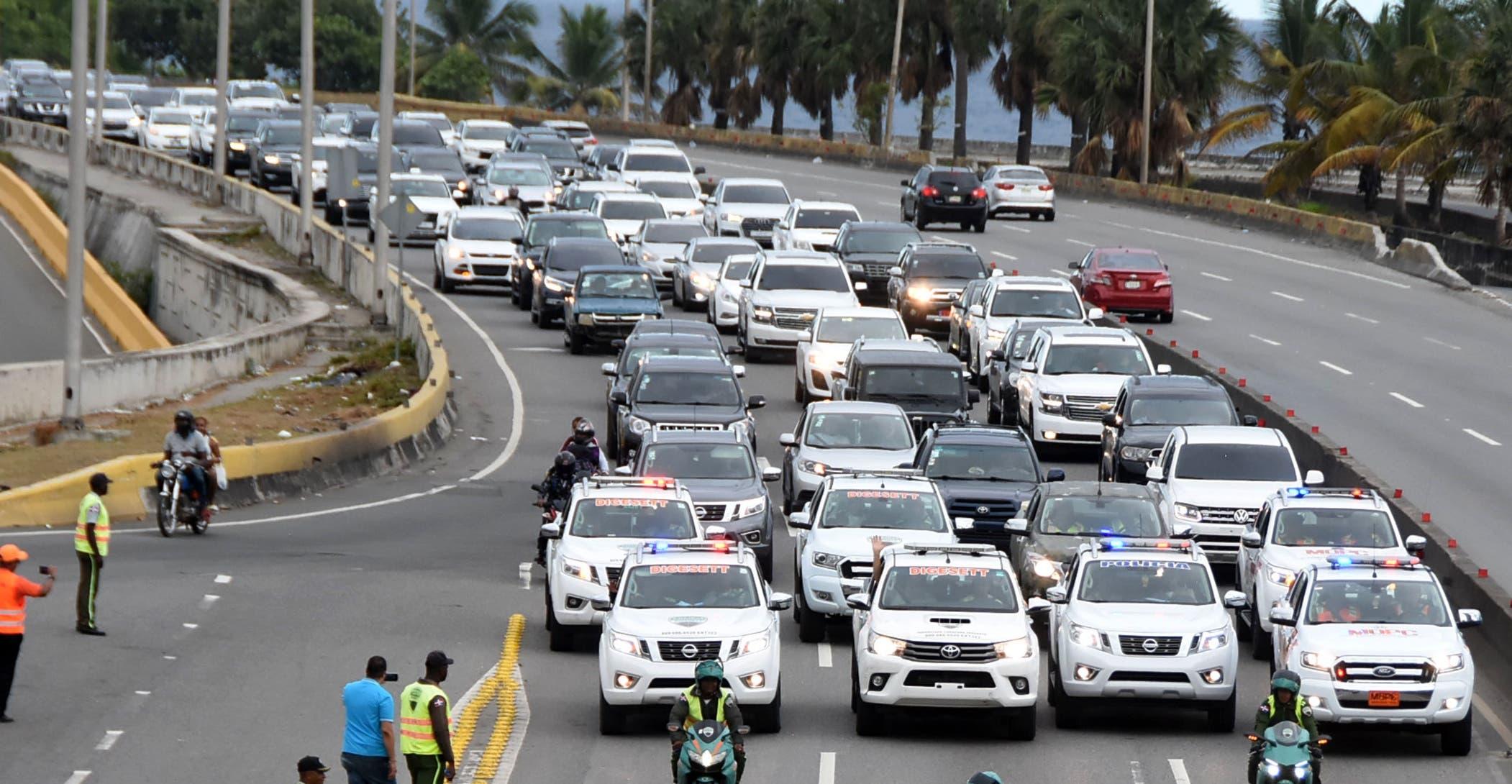 La Dirección General de tránsito y Transporte Terrestre   hizo el carreteo para controlar la velocidad de los conductores y evitar accidentes.            Alberto Calvo