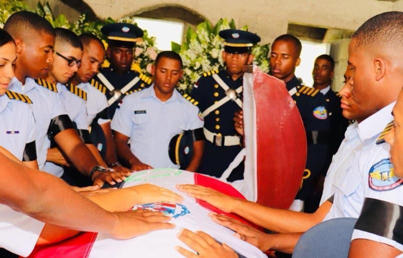 Restos de cadete velados Villa Tapia