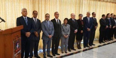 Luis Henry Molina  y los  nuevos   jueces de la Suprema Corte de Justicia  fueron designados por siete  años.  Elieser Tapia