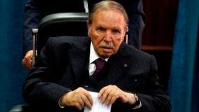 El presidente de Argelia, Abdelaziz Bouteflika, renunció.