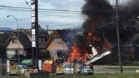 El intendente (gobernador) de la región de Los Lagos, Harry Jürgensen, dijo a medios locales que las víctimas fatales del accidente son el piloto de la aeronave y cinco pasajeros.