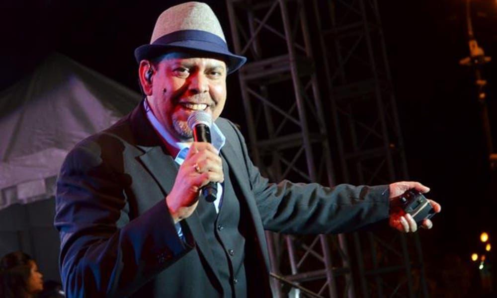 El merenguero dominicano Fernando Villalona, oriundo de Loma de Cabrera, Dajabón.