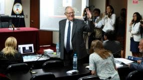 El expresidente de Perú, Pedro Pablo Kuczynski, al llegar a una audiencia judicial para determinar su liberación en Lima.