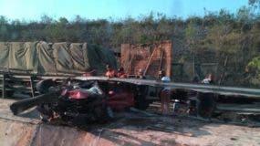 El accidente ocurrió pasadas las 7:00 de la mañana de este lunes.