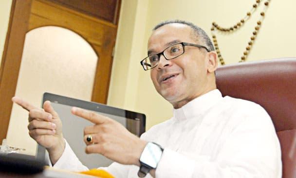 Rector de PUCMM afirma hay que conservar, proteger y dejar tranquila la Constitución