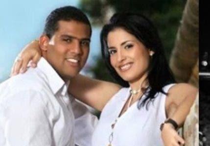 El esposo de la funcionaria fue trasladado a la Fiscalía para responder por la denuncia de violencia interpuesta por Espinosa.