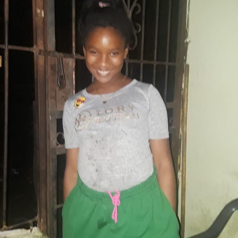 Chanel Marit Tiburcio, la víctima, murió tras recibir golpes de otra menor en la escuela.