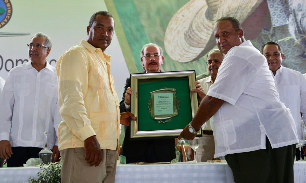 Productores de la Reforma Agraria reconocen al presidente Danilo  Medina