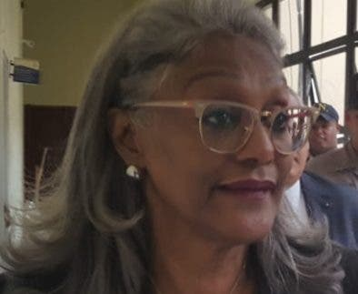 La   registradora de Títulos Rosabel Castillo fue   cancelada.