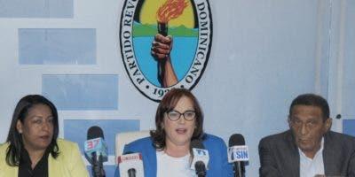 Janet Camilo , presidenta de la Comisión Electoral, da detalles sobre el  proceso.N. Monegro.