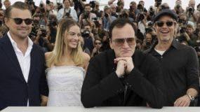 Leonardo DiCaprio,  Margot Robbie, Quentin Tarantino y Brad Pitt en su paso por el Festival de Cannes.